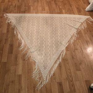 Fringe crochet scarf